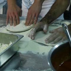 Primo corso di pizza a Barletta
