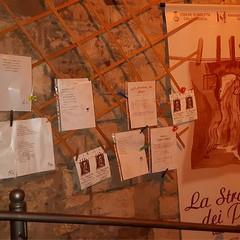 """""""La Stradina dei poeti"""" incanta il centro storico di Barletta"""