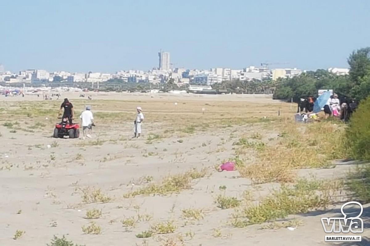 Con un quad sulla spiaggia di Barletta, la segnalazione di Legambiente