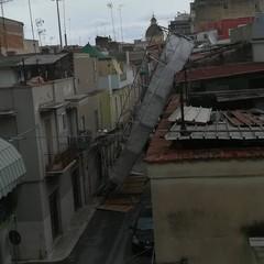 Crolla un ponteggio in via Gorizia
