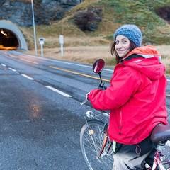 Antonella di nuovo in bici da Barletta fino a Pechino per sostenere l'Amref