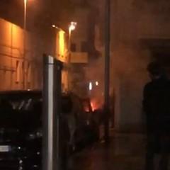 Auto in fiamme in via Pappalettere