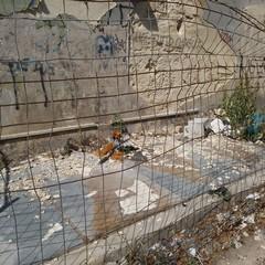 """Degrado nei pressi della chiesa del """"Carmine"""" a Barletta"""