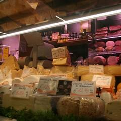 Todis Barletta, nel banco frigo la freschezza dei prodotti genuini