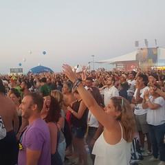 La spiaggia di Barletta in festa per il Jova Beach Party