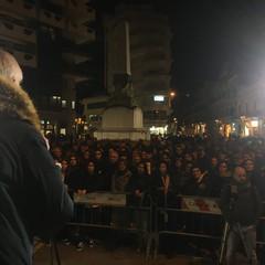 Le Sardine scendono in piazza a Barletta