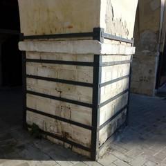 """Lo stato di degrado del """"Palazzo Pretorio"""" di Barletta"""