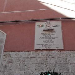 La targa in onore di Francesco Conteduca