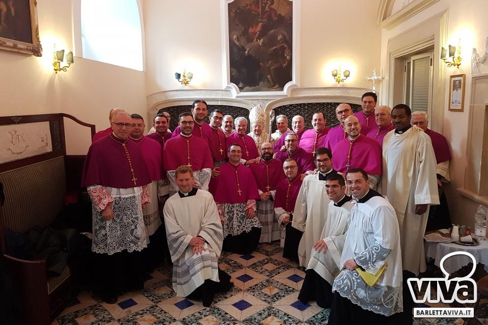 Foto di gruppo con il cardinale Monterisi