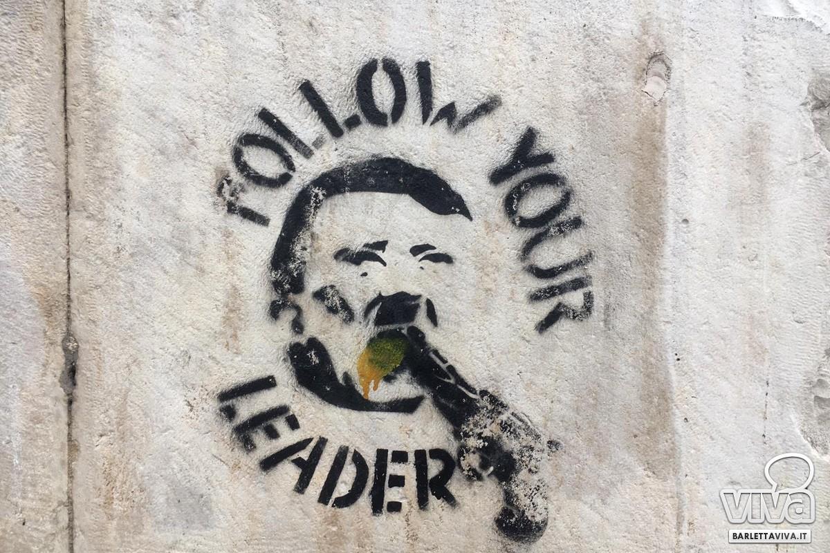 Volto di Hitler disegnato sui muri del Monte di Pietà di Barletta