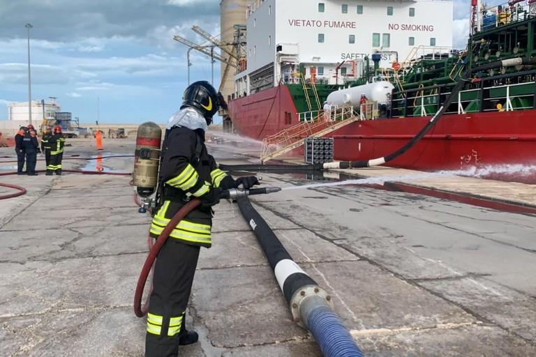 Nel porto di Barletta una grande esercitazione di security portuale