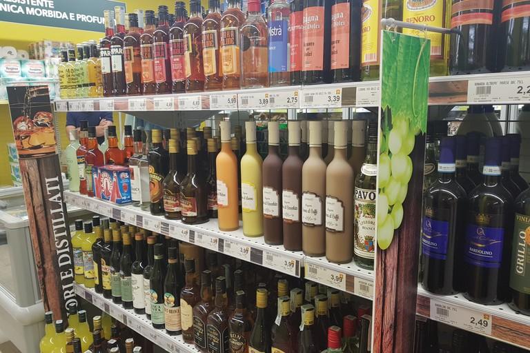 Todis Barletta, vini e liquori