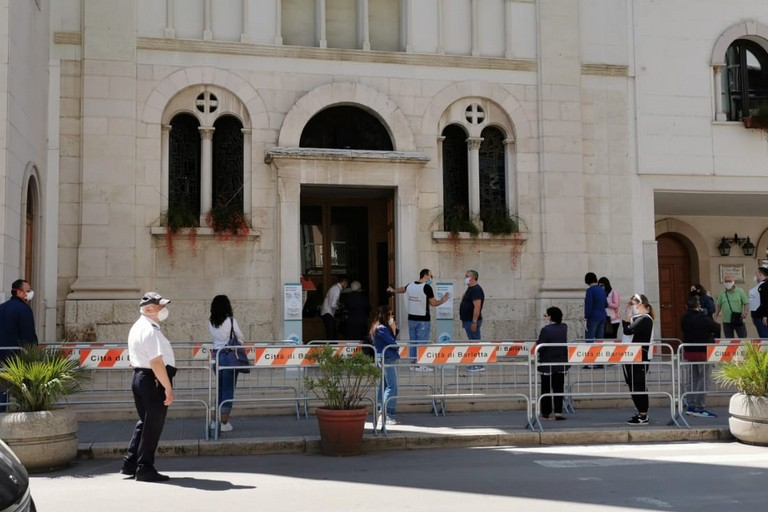 Ingressi contingentati nella chiesa di San Benedetto
