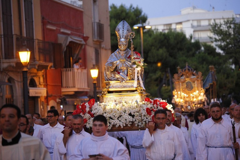Festa Patronale 2019, i Santi Patroni di Barletta in processione. <span>Foto Mario Sculco</span>