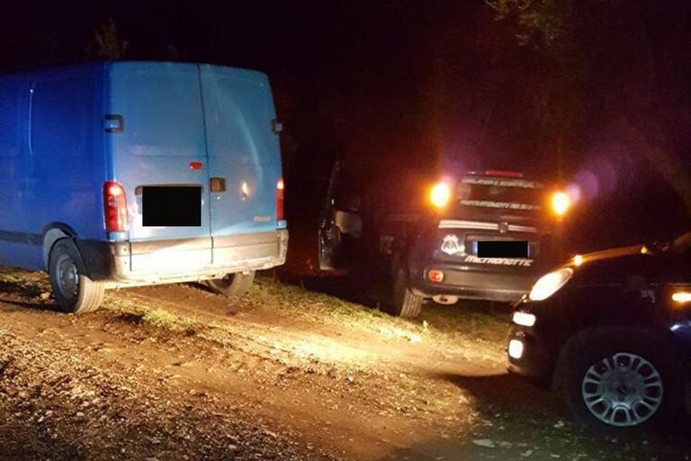 Rinvenute due autovetture: una era stata rubata nelle campagne tra Barletta e Canosa di Puglia