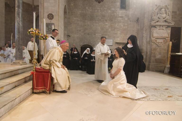 La cerimonia per Suor Maria Vittoria (Foto Foto Rudy)