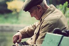 'Linea Argento', un servizio per gli anziani over 65