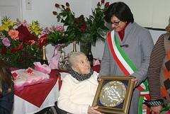 Nonna Angela Chiariello festeggia i suoi primi 100 anni