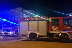 Grosso incendio a Barletta, fiamme in zona Madonna dello Sterpeto