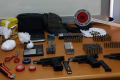 Pistole, munizioni e auto rubate: in azione la Polizia di Stato di Barletta