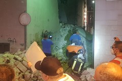 Perdita di gas a Barletta: crolla facciata di una palazzina in via Curci