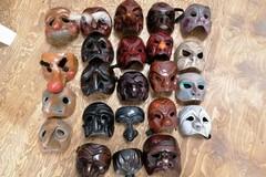 """Ritrovate a Molfetta alcune delle maschere rubate alla compagnia barlettana """"I Nuovi Scalzi"""""""