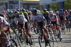 Giro d'Italia 2020, le foto del passaggio da Barletta