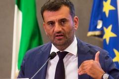 Nuovo Dpcm, scettici i sindaci d'Italia. Decaro: «Bisognava partire un mese fa»