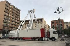 Barletta dall'alto, Piazza Aldo Moro accoglie la ruota panoramica