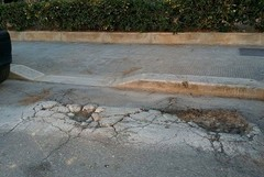 Episodio 20 - Via Barberini, attraversamenti per disabili a ostacoli