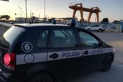 Trani blocca i varchi, barriere e posti di blocco sulla strada per Barletta