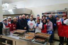 """""""Passa il Natale con noi"""": le iniziative della Caritas Barletta"""