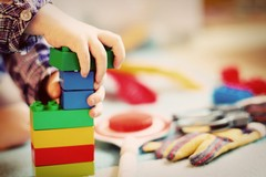 A Barletta una tovaglietta speciale per i bimbi con difficoltà linguistiche