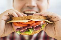 I pugliesi spendono di più per mangiare e meno per la cultura