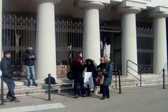 Cimitero di Barletta, in arrivo le nuove scale scorrevoli