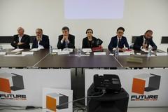 Confronto tra candidati sindaci di Barletta, la galleria fotografica in diretta