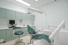 «Il Governo detassi le indennità versate a medici e dentisti in difficoltà»