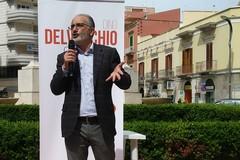Dino Delvecchio presenta le liste civiche per le comunali di Barletta