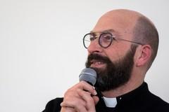 Don Vito Carpentiere festeggia 25 anni di sacerdozio