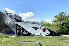 Street art contro la plastica, la nuova opera di Borgiac