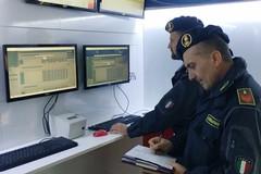 Maxi truffa all'INPS, la Finanza in azione tra Bari e Bat