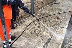Coronavirus, a Barletta prosegue la sanificazione delle strade