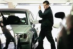 Ladri di bibiclette? Ma no, nella Bat si rubano più automobili che nel resto d'Italia