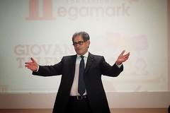 Scamarcio, Brignano e un ospite a sorpresa per la Fondazione Megamark