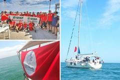 Vele rosse sul mare per tutte le donne, Barletta partecipa al flash mob nazionale