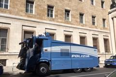 Sanificazione delle strade a Borgovilla e Patalini con idrante della Polizia