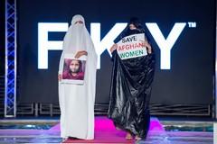 Sulla passerella a Venezia per le donne afghane, il brand è made in Barletta