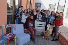 """""""Con le mani"""": l'Archimede di Barletta protagonista di un workshop di riciclo"""