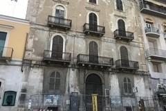 Palazzo Tresca, la Sovrintendenza chiede l'immediata sospensione dei lavori
