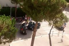 Si ribalta un'auto in via Pirandello, ferita una ragazza